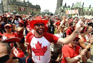  فرهنگ کانادایی فرهنگ مردم کانادا تاریخچهٔ فرهنگ کانادایی، به شدت تحت تأثیر فرهنگ انگلیس، فرانسه و ایرلند و اسکاتلند و رسوم وفرهنگ قدیمی بومیان این کشور است. از آنجا که از مدتها قبل رفتوآمدهای بسیاری بین این کشور و ایالات متحده به خاطر همجواری در کشور صورت میگرفت، به میزان زیادی نیز تحت تأثیر فرهنگ آمریکایی است. اگر نگوییم قطعاً، اما رسانههای مختلف این کشور در کانادا از محبوبیت ویژهای برخوردارند؛ 